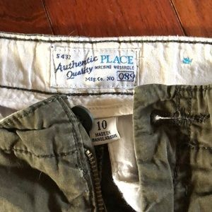 Boys size 10 adjustable waist shorts